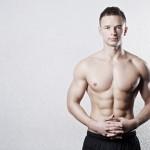 siłownia portret sportowca na białym tle